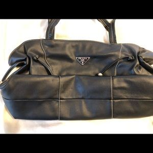 Prada KNOCKOFF- gorgeous black leather bag-